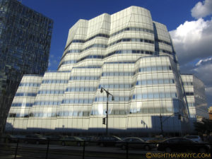 Like a sailboat on the Hudson, Frank Gehry's IAC Building is a gorgeous vision.